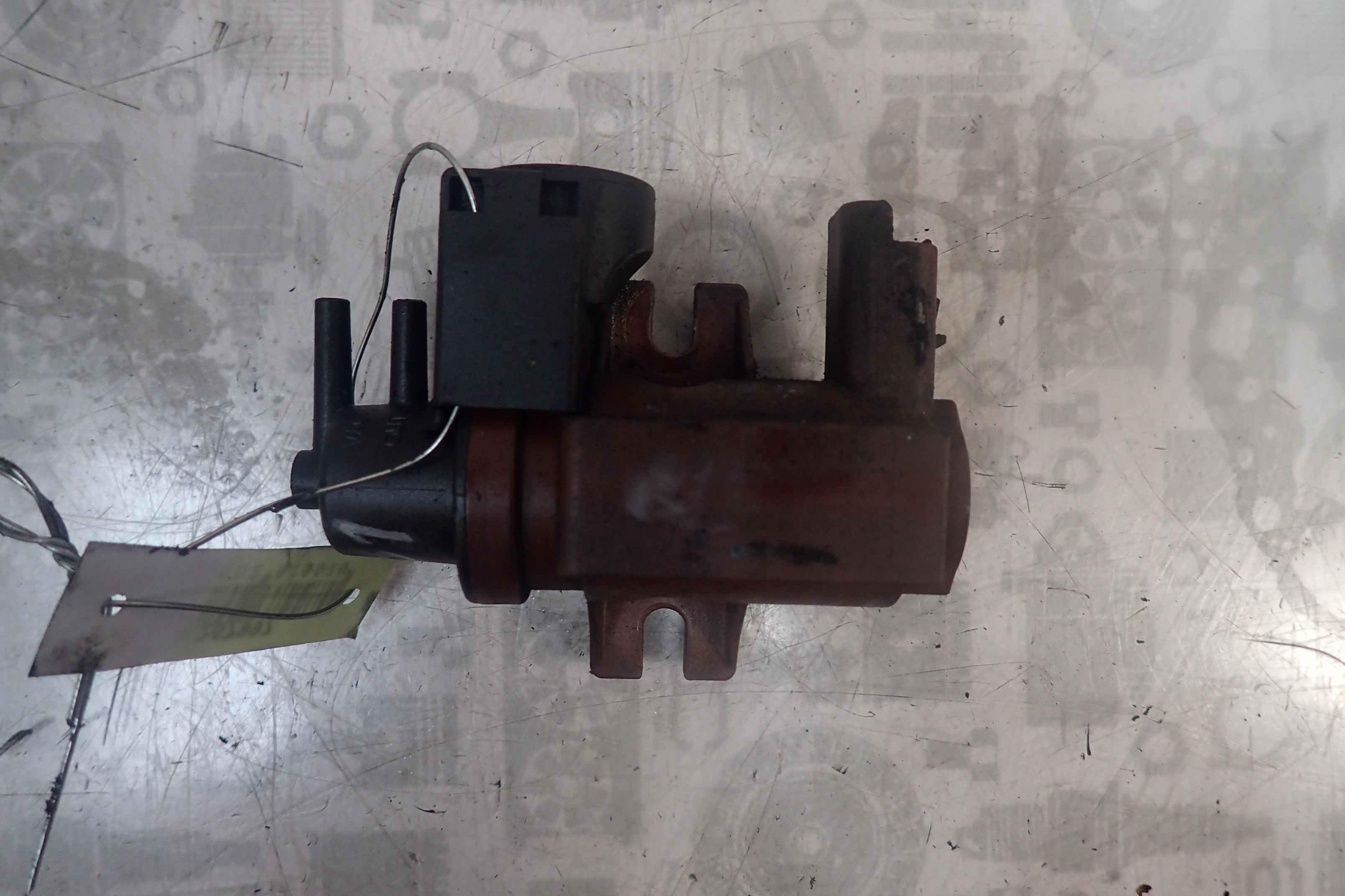 Клапан воздушный для Peugeot 407
