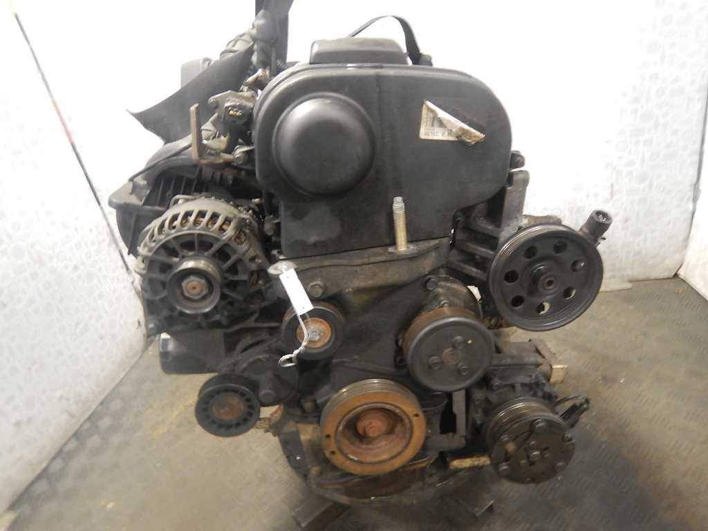Двигатель (ДВС) Ford Focus 1 2003 Хетчбэк 5дв. Механика 2.0i 16v 173лс