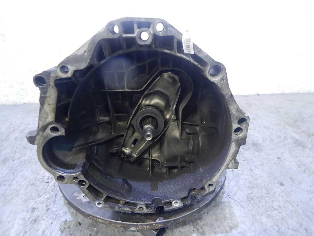 КПП 5ст (механическая коробка) Audi A4 B5 2000 Седан Механика 1.8i 20v 125лс