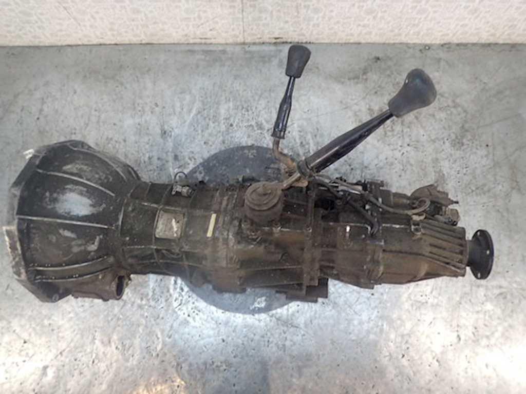 КПП 5ст (механическая коробка) Isuzu Trooper 2003 Внедорожник Механика 3.0TD 16v 160лс