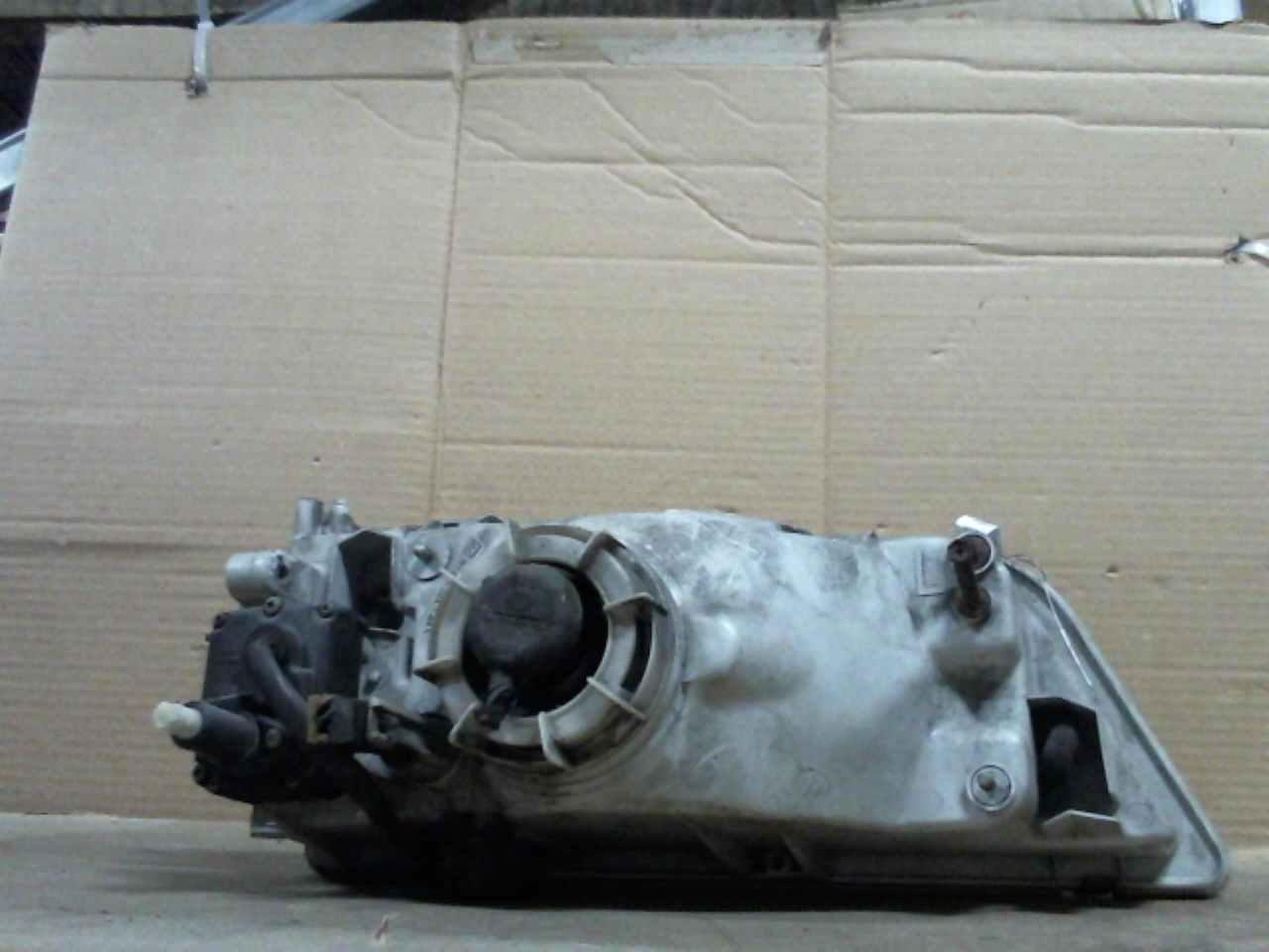 Nissan-Maxima 3-66768