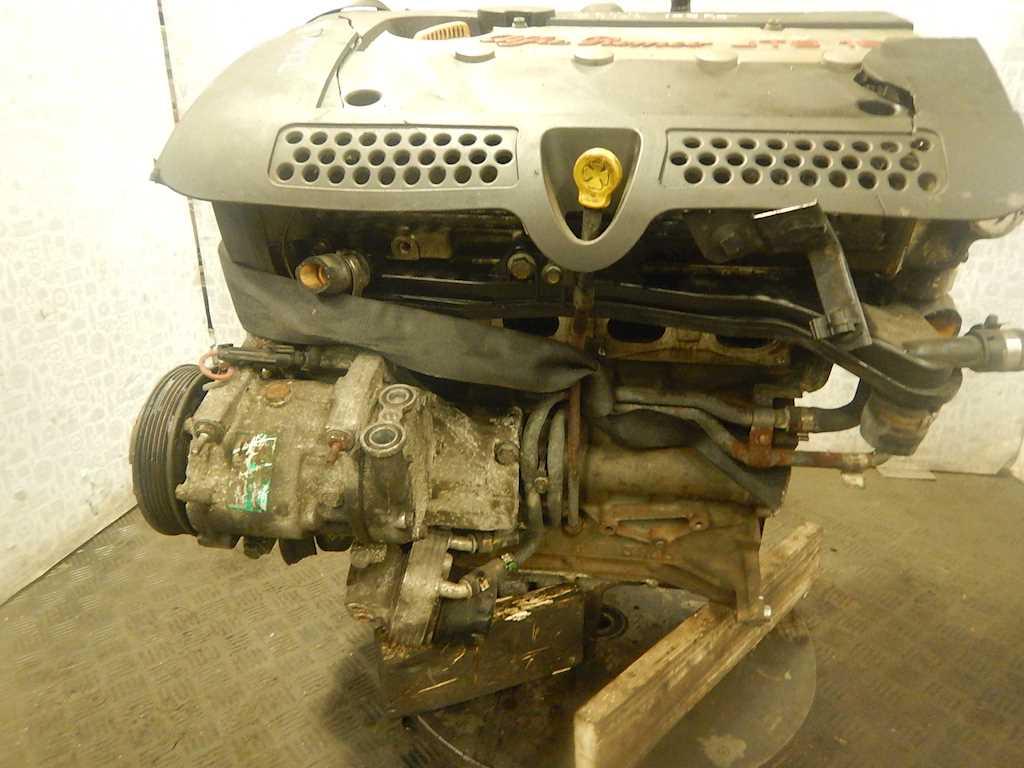 Alfa Romeo-156-292895